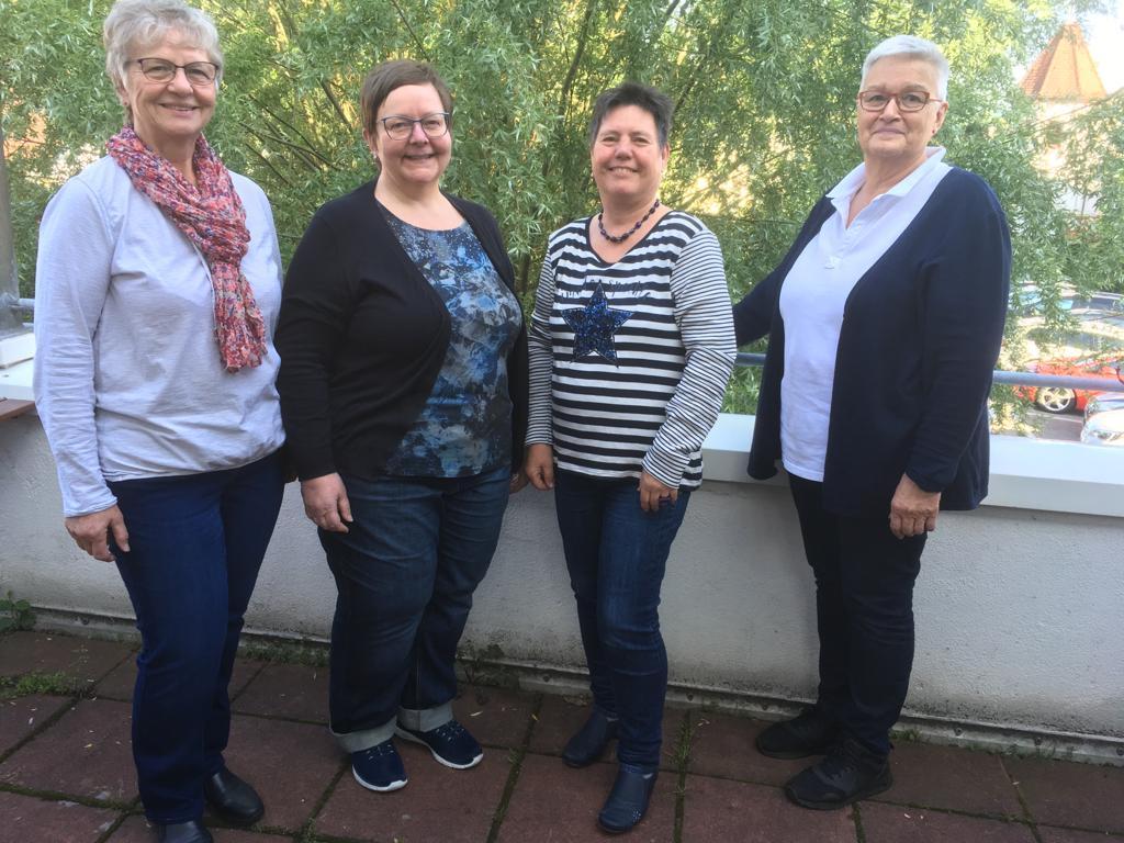 Rechnerin Ulrike Müller | 2.Vorsitzende Michaela Söhner | 1.Vorsitzende Helga Bräumer | Schriftführerin Ingrid Wild (von links nach rechts)